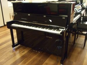 feurich piano 122 silent feurich premium zwart hoogglans chroom open