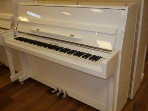 liedermann piano 112 modern wit hoogglans chroom open