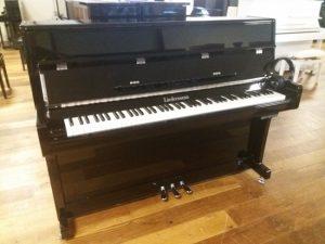 liedermann piano 112 modern silent genio premium zwart hoogglans chroom hoofdtelefoon