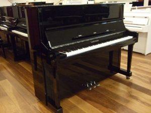 liedermann piano 122 zwart hoogglans chroom open